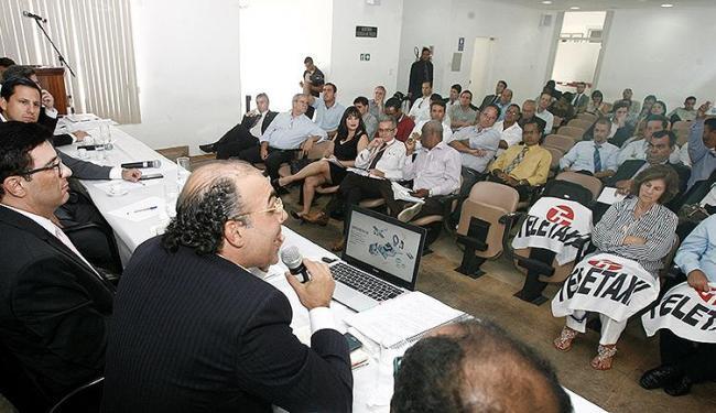 Reunião realizada nesta terça-feira, 10, rendeu contribuições que serão inseridas em documento - Foto: Luciano da Matta l Ag. A TARDE