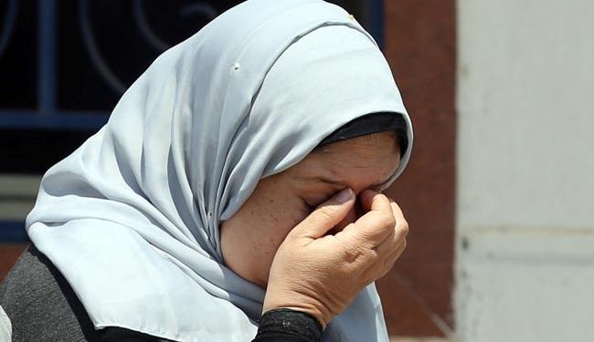 Parentes e amigos dos passageiros que estavam na aeronave lamentam o ocorrido - Foto: Agência Reuters