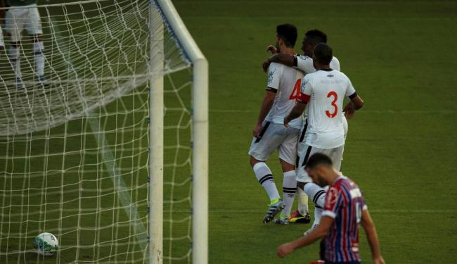 Lucas Fonseca lamenta gol do Vasco em São Januário - Foto: Ag�ncia O Globo