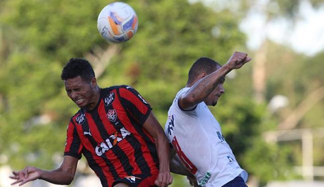 Leãozinho precisa ganhar por 2 gols de diferença para tirar a taça das mãos do Esquadrãozinho - Foto: Lúcio Távora | Ag. A TARDE