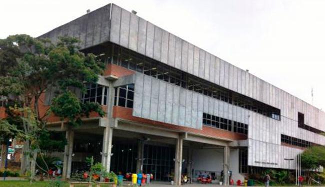 A biblioteca fica localizada no campus Ondina da Ufba - Foto: Divulgação