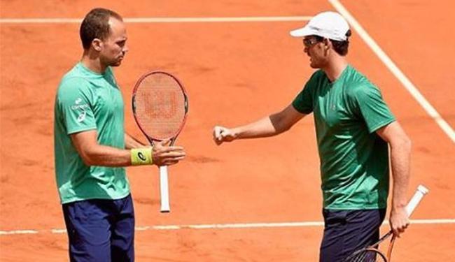 A dupla Soares/Murray venceu por 2 sets a 0, em 1h26 de confronto - Foto: Divulgação l TenisBrasil