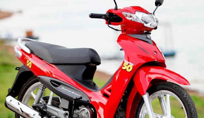 Motociclista terá que ter CNH categoria A ou ACC para guiar cinquentinha - Foto: Divulgação