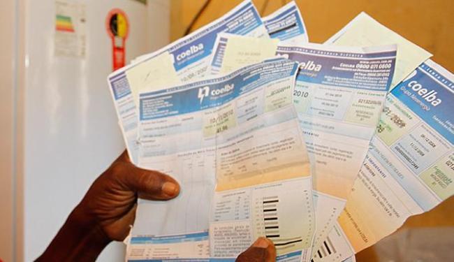 O desconto varia de acordo com a faixa de consumo de energia do cliente - Foto: Lúcio Távora l Ag. A TARDE l 9.11.2011