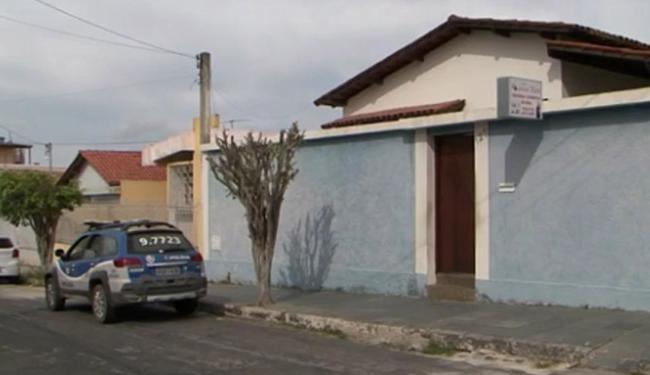 Imóvel utilizado como consultório fica na rua da Barragem, no bairro Guarani - Foto: CRO-BA l Divulgação