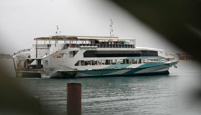 Desembarque em ferry atrasou no Terminal de Bom Despacho, na Ilha de Itaparica - Foto: Raul Spinassé | Ag. A TARDE