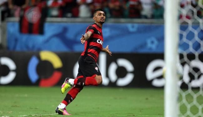 Kieza fez o gol de empate do jogo - Foto: Raul Spinassé | Ag. A TARDE