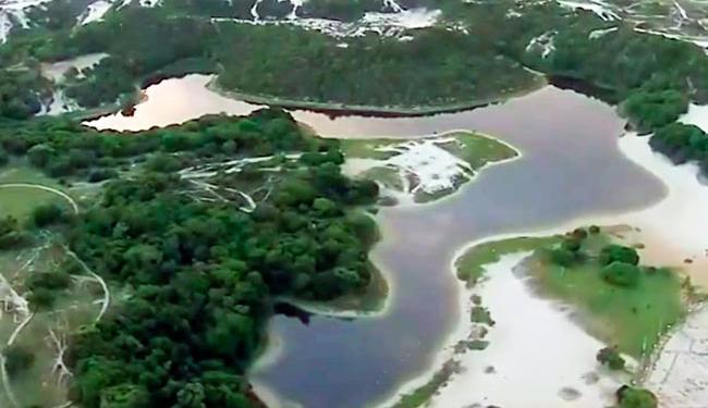 Homem desapareceu após entrar na Lagoa do Abaeté na manhã deste domingo - Foto: Reprodução | Rede Bahia