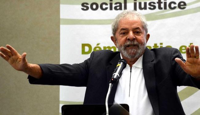 Janot diz que Lula teria atuado junto a Delcídio, Esteves, Bumlai e outros envolvidos na Lava Jato - Foto: Rosa   Agência Brasil