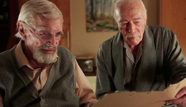 Martin Landau e Christopher Plummer em cena do filme - Foto: Divulgação