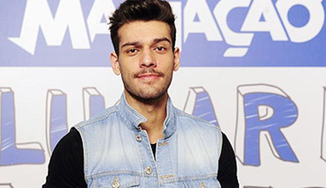 Carreira de cantor estava sofrendo por causa da versão ator de Lucas Lucco - Foto: Divulgação