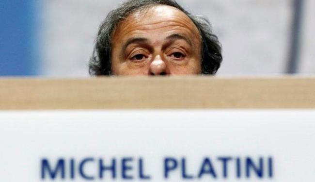 Platini levou uma suspensão de oito anos depois das revelações de que recebeu cerca de US$ 2 mi - Foto: Arnd Wiegmann   Ag. Reuters