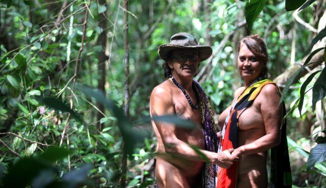 Waldo Andrade e Marisa Fraga são os fundadores da Ecovila da Mata, em Massarandupió - Foto: Lúcio Távora   Ag. A TARDE