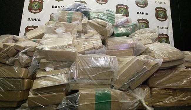 Drogas apreendidas durante Operação Velho Mundo foram avaliadas em R$ 1 milhão - Foto: Edilson Lima l Ag. A TARDE l 8.7.2014