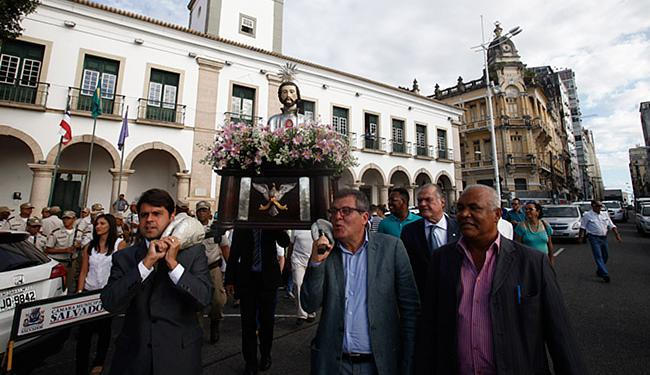 Vereadores levaram imagem da Câmara até a igreja São Pedro dos Clérigos, no Terreiro de Jesus - Foto: Lúcio Távora l Ag. A TARDE