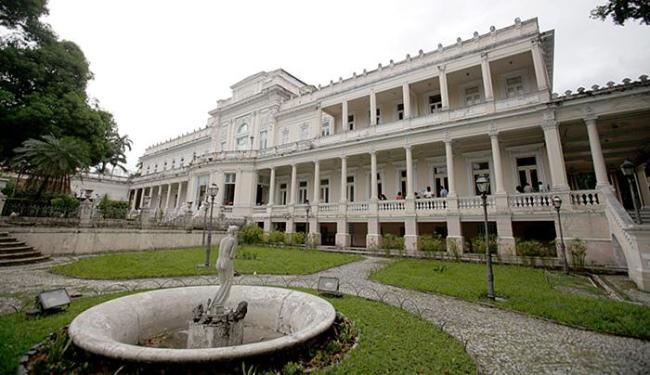 Palácio da Aclamação será transformado em escola de restauro durante a reforma - Foto: Raul Spinassé l Ag. A TARDE