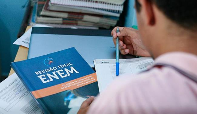 Mais de 9,2 milhões se inscreveram para as provas e desses, cerca de 2,7 milhões devem pagar a taxa - Foto: Joá Souza | Ag. A TARDE