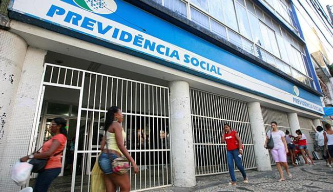 Central de atendimento do INSS registrou aumento pela procura de agendamentos - Foto: Joá Souza | Ag. A TARDE