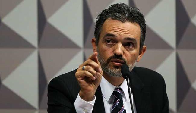 De acordo com Oliveira, o governo optou deliberadamente por acumular débitos - Foto: Marcelo Camargo | Agência Brasil