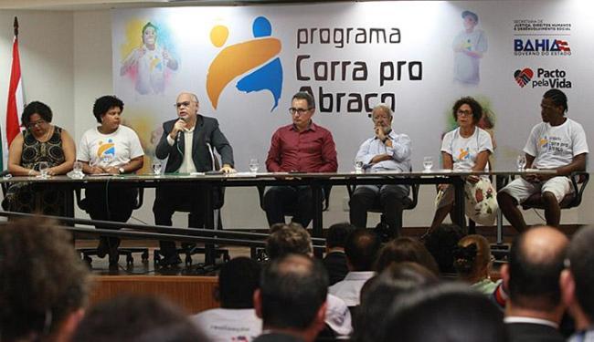 Lançamento do livro foi no auditório do MPT, localizado no Corredor da Vitória - Foto: Joá Souza l Ag. A TARDE