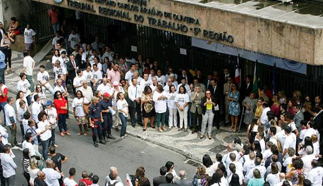 Manifestantes protestaram contra corte de verbas - Foto: Luciano da Matta l Ag. A TARDE