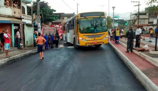 Ônibus foram atravessados em vários pontos da Suburbana - Foto: Reprodução | WhatsApp