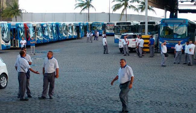 Rodoviários não descartam atrasos nas saídas de ônibus - Foto: Raul Spinassé | AG. A TARDE