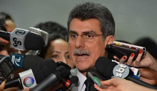 Jucá conversou com jornalistas após Temer ter se reunido nesta terça com Renan Calheiros - Foto: Valter Campanato / ABr Data: 23/05/2013