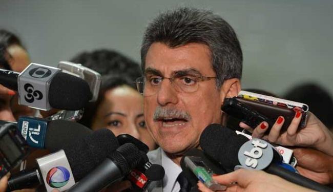 Equipe econômica quer meta fiscal que abarque os riscos fiscais de todo o ano - Foto: Valter Campanato / ABr Data: 23/05/2013