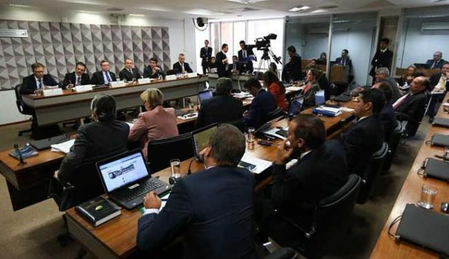No dia 4, o relator do processo na comissão, Antônio Anastasia (PSDB-MG), apresenta seu parecer - Foto: Marcelo Camargo | Agência Brasil