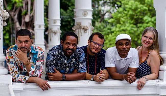 Autores da série: Carlos Barros, Carlos Ailton, Marlon Marcos, Ari Lima e Katharina Döring - Foto: Carol Garcia l Divulgação