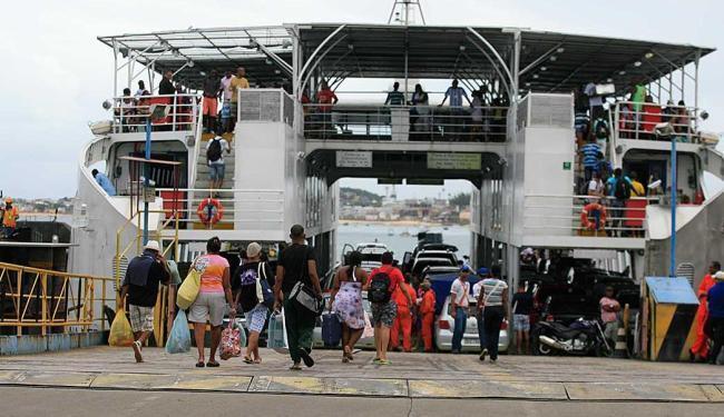 Sistema ferry boat tem movimento tranquilo neste feriado - Foto: | Ag. A TARDE