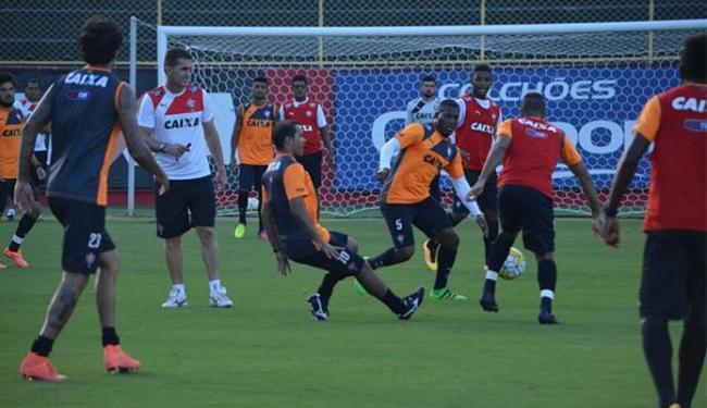 Jogadores participaram de um treino de dois toques na tarde desta quarta-feira, 18 - Foto: Francisco Galvão l EC Vitória
