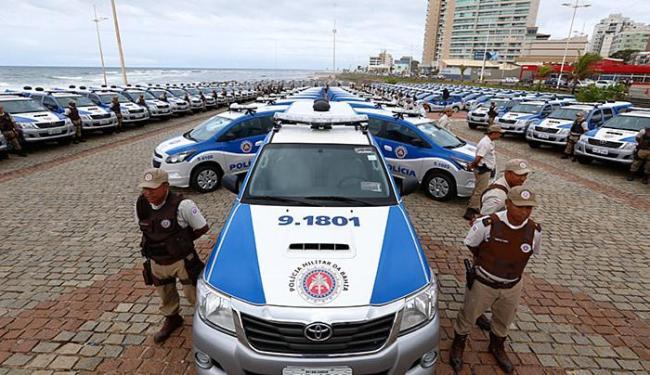 Cerimônia de entrega de veículos foi realizada no Jardim dos Namorados - Foto: Lucas Melo l Ag. A TARDE