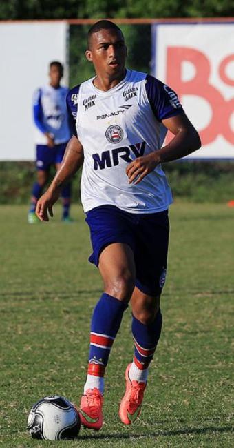 Danilo começou o ano como volante, mas tem jogado na ponta - Foto: Felipe Oliveira l EC Bahia