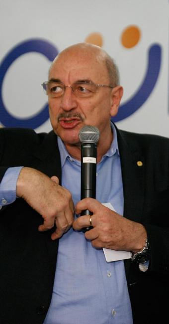Apesar das fraudes, ministro Osmar Terra disse que não haverá cortes no programa - Foto: Luciano da Matta l Ag. A TARDE
