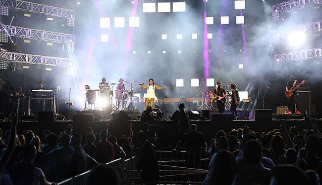 Tays Reis, da Vingadora, 'causou' com o hit 'Metralhadora' - Foto: Fotos Mila Cordeiro l Ag. A TARDE