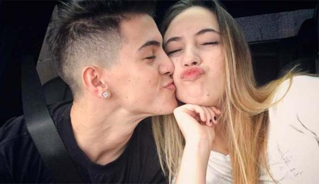 Biel e a irmã, Gi Marins, que é vítima de assédio na internet - Foto: Reprodução   Instagram