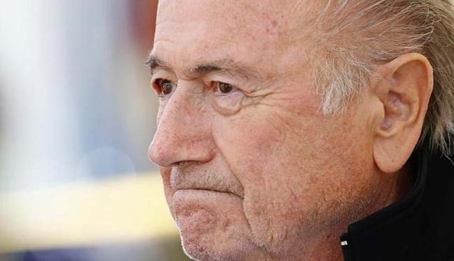 Blatter, Valcke e Kattner receberam US$ 80 milhões (R$ 286 milhões) da Fifa em cinco anos - Foto: Denis Balibouse | Reuters | 22.08.2015