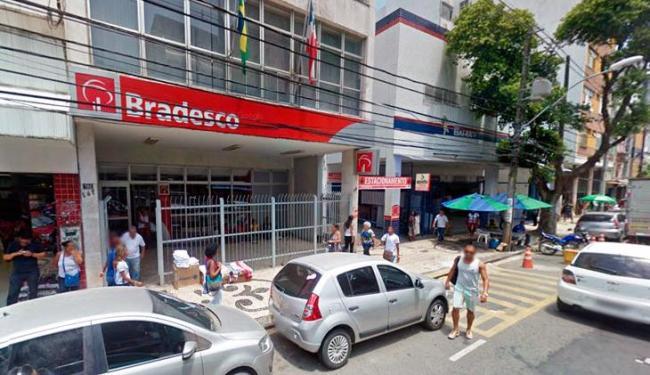 Agência do Bradesco multada pelo Procon fica na avenida Sete de Setembro, em Salvador - Foto: Reprodução | Google Street View