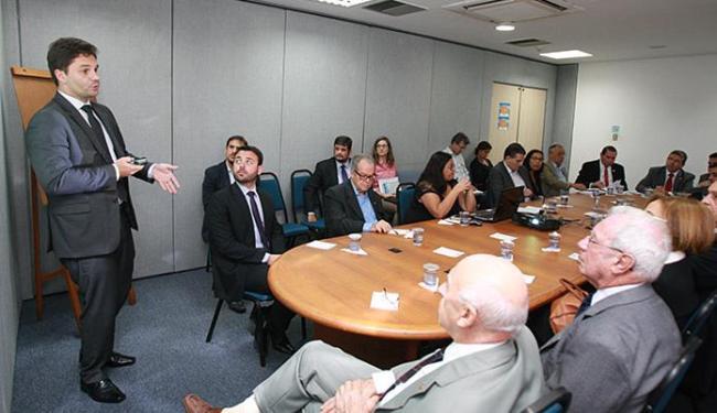Notificações da Sefaz foram debatidas em encontro do Consef no auditório da Fieb - Foto: Joá Souza l Ag. A TARDE