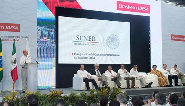 A solenidade de inauguração reuniu funcionários, moradores, autoridades mexicanas e dirigentes - Foto: Divulgação