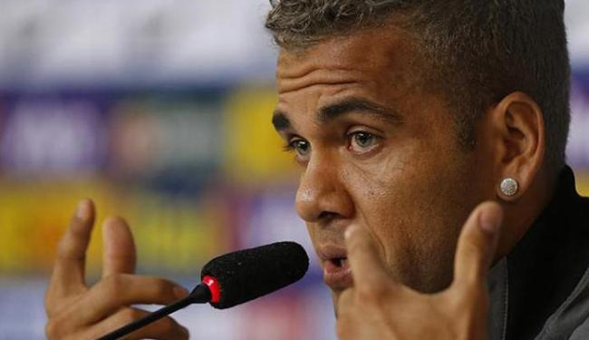 Daniel Alves pode ir para o Juventus ou PSG - Foto: Marcelo Regua l Reuters