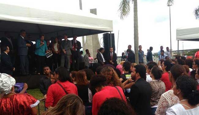 Presidente afastada discursa por cerca de 20 minutos - Foto: Luan Santos | Ag. A TARDE