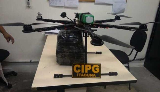 Drone carregava 19 celulares e serras - Foto: Divulgação | PM