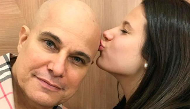 Atriz postou foto da filha dela com Celulari beijando o pai - Foto: Divulgação