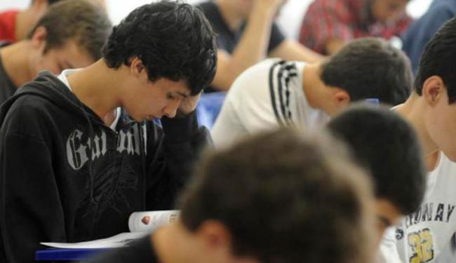 O Fies oferece financiamento de cursos em instituições privadas a uma taxa de juros de 6,5% ao ano - Foto: Wilson Dias | Agência Brasil