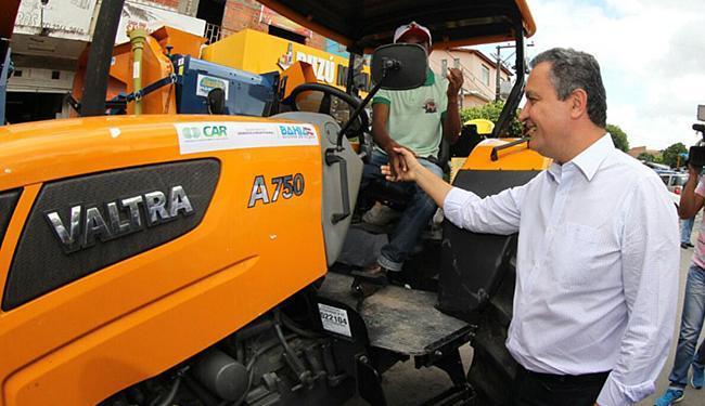 Governador Rui Costa faz entrega de equipamentos no município de Araci - Foto: Manu Dias / GOV-BA