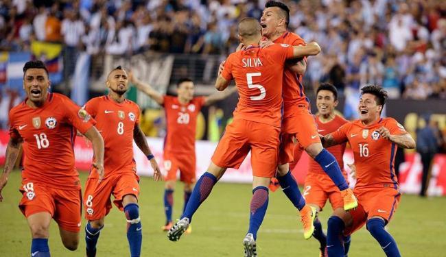 Jogadores do Chile festejam conquista do Copa América Centenário - Foto: Julie Jacobson | AP Photo