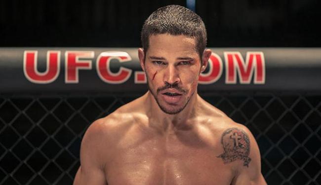 José Loreto teve que perder peso para interpretar lutador do UFC - Foto: Divulgação